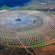 Spain's Gemasolar Array is the World's First 24/7 Solar Power Plant!