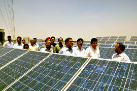 India's MNRE approves financial closure on 610 MW of PV, CSP projects