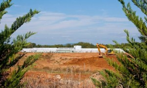 Apple hopes to turn green with solar power data centre