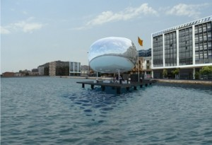 Self-Sufficient Thessaloniki Piers Pavilions Are Topped With Shiny Solar Orbs