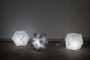 Stunning Origami Solarcell Lamps Are Made From Folded Photovoltaic Panels!
