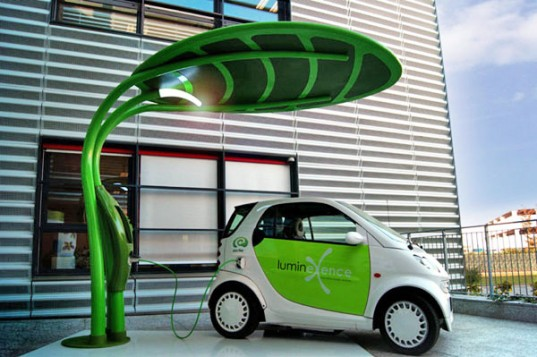 Leaf Shaped Lotus Electric Vehicle Charger Doubles As A Solar Ed Led Streetlight