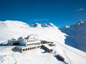 Switzerland's Berghotel Muottas Muragl is the First Energy-Plus Hotel in the Alps